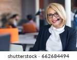 customer service representative ... | Shutterstock . vector #662684494