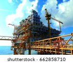 rigs offshore oil refinery asia ... | Shutterstock . vector #662858710