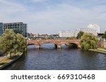 Small photo of Motlkebruecke in Berlin