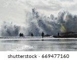 Large Waves Crashing At Snapper ...