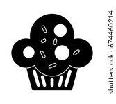 cupcake icon | Shutterstock .eps vector #674460214
