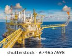 offshore oil and gas industry.... | Shutterstock . vector #674657698