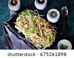 hakka noodles indian chinese... | Shutterstock . vector #675261898