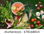 tom yum kung spicy sour soup... | Shutterstock . vector #678168814