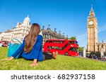 london city lifestyle woman... | Shutterstock . vector #682937158