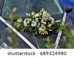 floral wedding car decoration... | Shutterstock . vector #689324980