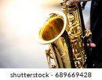 Soft And Blur Focus.saxophonis...
