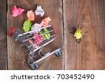 shopping cart and small paper