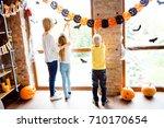 cute family setting the decor...
