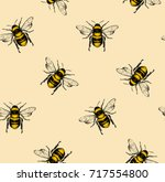 Stock vector vector seamless pattern with honey bee engraving style 717554800