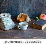 Old Vintage Telephone  Coffee ...