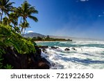 waves crashing on rocks at oahu'...   Shutterstock . vector #721922650