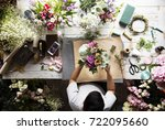 florist making fresh flowers... | Shutterstock . vector #722095660