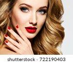 portrait of the blonde woman...   Shutterstock . vector #722190403