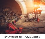 mechanical tools for auto... | Shutterstock . vector #722728858