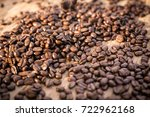 roasted coffee beans  can be... | Shutterstock . vector #722962168