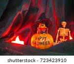 happy halloween pumpkin for... | Shutterstock . vector #723423910