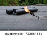 heating and melting bitumen...   Shutterstock . vector #723564556