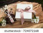 april  2017. minsk  belarus....   Shutterstock . vector #724072168