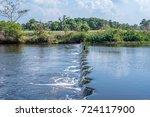 vero beach country club... | Shutterstock . vector #724117900