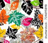 seamless autumn leaves pattern... | Shutterstock .eps vector #724695898
