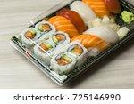 takeaway food plastic...   Shutterstock . vector #725146990