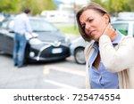 woman neck hurt after car crash ... | Shutterstock . vector #725474554
