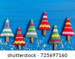 making christmas tree sachet... | Shutterstock . vector #725697160