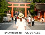 lady tourist is visiting fujimi ... | Shutterstock . vector #727997188
