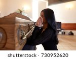 people and mourning concept  ...   Shutterstock . vector #730952620