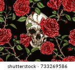 Stock vector seamless vector pattern of skull and red roses with stems and leaves tangled on black background 733269586