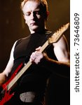 Постер, плакат: Guitarist Phil Collen of