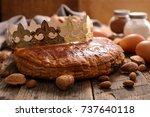 epiphany cake | Shutterstock . vector #737640118