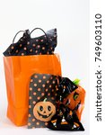 Small photo of Halloween Treat Bags with Doggie Treats