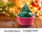Green Christmas Cupcake With...