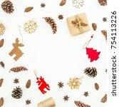 round frame of christmas gift... | Shutterstock . vector #754113226