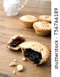 Selection Of Several Mince Pie...