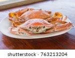 Cooking Sea Food Steamed Crab
