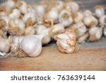 organic and non organic garlic