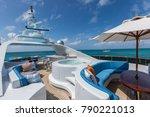 Vacation On Motor Yacht ...