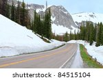 Road Through Snowy Range...
