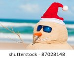 Happy Snowman At The Beach With ...