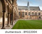 Cambridge University And St...