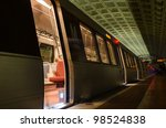 Smithsonian Metro Station In...