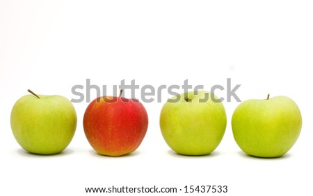4 apples with 3 green and 1 red .