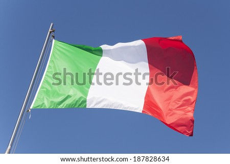 25 aprile - Flag and colors of Italy.
