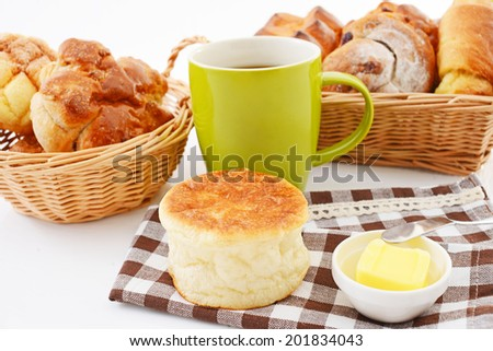 ?Assorted breads