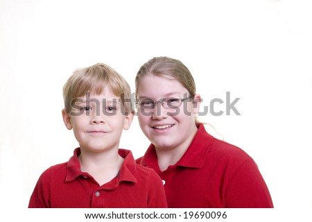 2 boys in red shirts