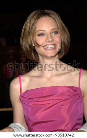 "15DEC99: Actress JODIE FOSTER at the Los Angeles premiere of her new movie ""Anna and the King"" at the Manns Chinese Theatre, Hollywood.  Paul Smith / Featureflash"