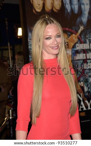 "16DEC99: Actress LAUREN HOLLY at the world premiere, in Los Angeles, of her new movie Oliver Stone's ""Any Given Sunday"" in which she stars with Al Pacino & Cameron Diaz.  Paul Smith / Featureflash - stock photo"